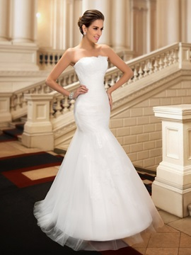 Strapless Lace Appliques Floor Length Ruched Mermaid White Wedding Dress