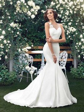 Sheer Back Straps Bowknot Floral Mermaid Wedding Dress