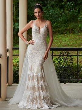 Fabulous V-Neck Appliques Mermaid Watteau Train Wedding Dress