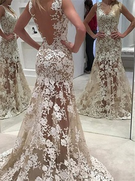 Sexy Straps Appliques Backless Trumpet Wedding Dress