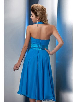 Enchanting Knee Length A-Line Halter Prom/Homecoming Dress
