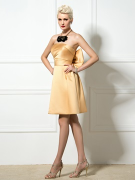 Simple Strapless A-Line Bowknot Short Bridesmaid Dress