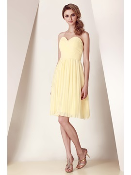Cheap Sweetheart Pleats A-Line Knee-Length Dasha's Bridesmaid Dress