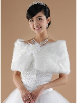 Delightful FLower Lady's Faux Fur Wedding/Evening Shawl