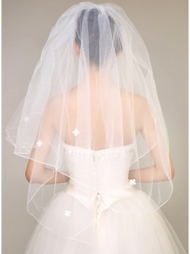 Simple Style Flowers Wedding Veil & amazing Wedding Accessories