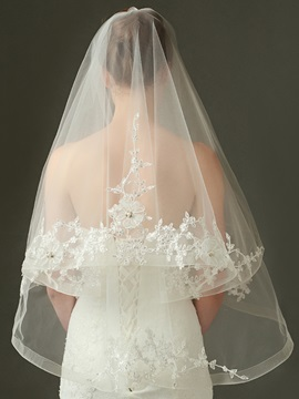 Beautiful Sequins Appliques Wedding Veil