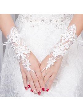 Lace Wrist Wedding Gloves 2019