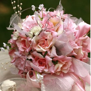 Glamorous Small Pale Pink Silk Cloth Wedding Birdal Bouquet