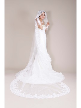 Great Cathedral Tull Wedding Bridal Veil with Applique