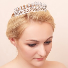 Pretty Shiny Rhinestone Alloy Wedding Tiara