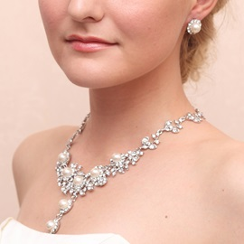 Hot Pearls Rhinestone Alloy Wedding Jewelry Sets (Including Necklace and Earrings)