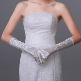 Elegant Half Long Flowers Bridal Gloves