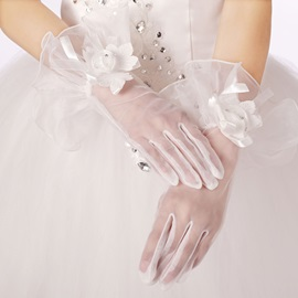 Beautiful Floral Edge Short Wedding Gloves