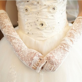 Fancy Long Lace Full Fingered Gloves