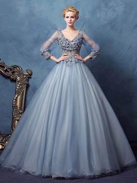 Vintage V-Neck Long Sleeves Flowers Lace Ball Gown Dress