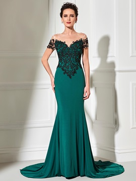 Sheer Neck Mermaid Lace Appliques Evening Dress