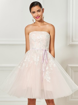 Pretty Stapless Appliques Bowknot Sashes Knee-Length Cocktail Dress