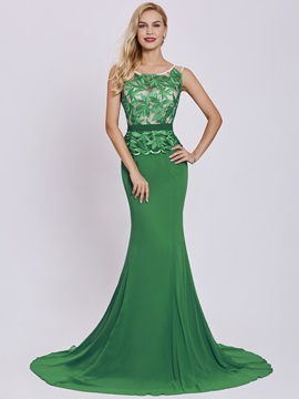 Scoop Neck Lace Appliques Mermaid Evening Dress