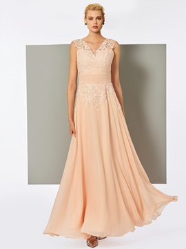 Nice A-Line V-Neck Lace Pleats Floor-Length Evening Dress