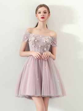 A-Line Appliques Lace Pearls Mini Homecoming Dress
