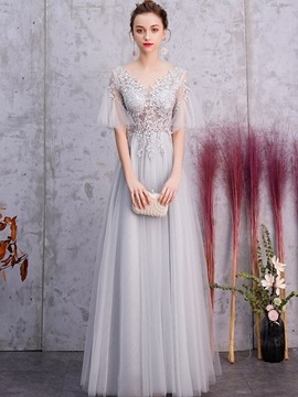 Floor-Length Half Sleeves Appliques V-Neck Prom Dress 2019