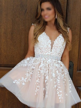 Lace Sleeveless A-Line Short Homecoming Dress 2019