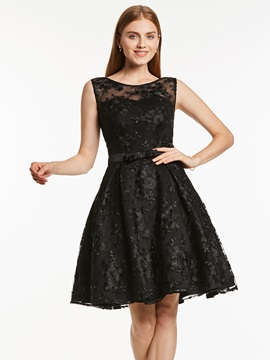 Scoop Neck Sleeveless Lace A Line Homecoming Dress & romantic Cocktail Dresses