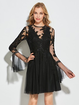 Button Sheath Appliques Scoop Short Cocktail Dress