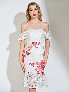 Trumpet Off-the-Shoulder Appliques Lace Cocktail Dress