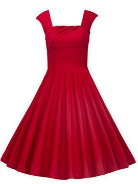 Straps Red Knee-Length Sleeveless Cocktail Dress