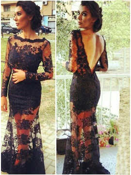 Sensual Bateau Column/Sheath Lace V-Back Long Evening Dress