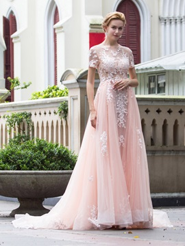 Dramatic Scoop Neck Short Sleeves Appliques Long Evening Dress & vintage style Evening Dresses