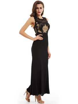 Elegant Appliques Scoop Neck Zipper-Up A Line Evening Dress