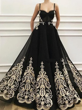 Vintage Embroidery Lace Spaghetti Straps Black Evening Dress 2020 & colored Evening Dresses