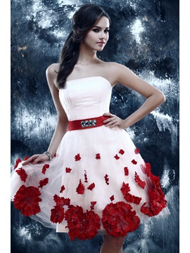Lovely A-Line Strapless Beading Flowers Knee-Length Sandra's Sweet 16 Dress & Prom Dresses for less