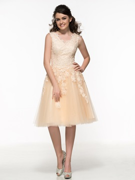 Fancy V-Neck Appliques Lace Knee-Length Junior Prom Dress & attractive Prom Dresses