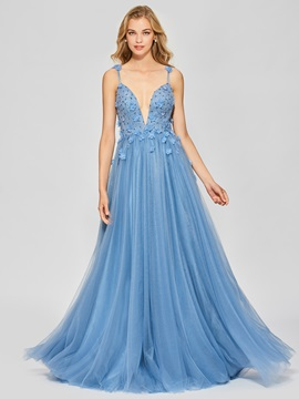 Elegant A-Line Backless Appliques Beading Spaghetti Straps Floor-Length Prom Dress