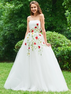 A-Line Strapless Appliques Tulle Prom Dress
