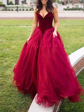 Sweetheart Ball Gown Floor-Length Quinceanera Dress