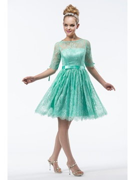 Charming Princess Half Sleeves Bateau Neckline Lace Knee-Length Homecoming Dress & romantic Homecoming Dresses