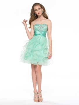 Latest A-Line Sweetheart Beaded Short Homecoming Dress
