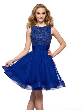 Modern Jewel Neck Appliques Backless Short Homecoming Dress & casual Homecoming Dresses