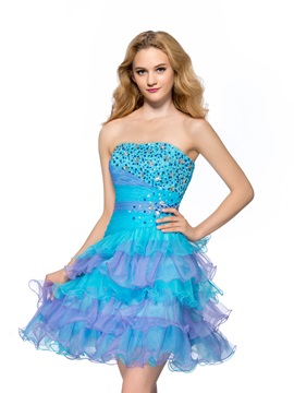 Vigorous A-Line Strapless Tiered Ruffles Beading Short Homecoming/Sweet 16 Dress & romantic Homecoming Dresses