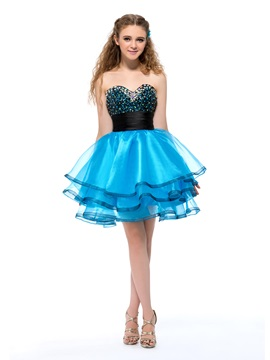 Admirable Sweetheart Beading Sequins Short Homecoming Dress & colorful Homecoming Dresses