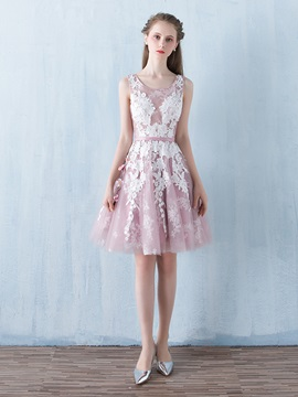 Lovely A-Line Scoop Appliques Sashes Knee-Length Homecoming Dress