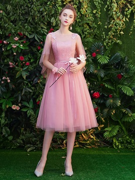 Scoop Tea-Length A-Line Lace Homecoming Dress 2019