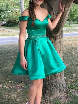 Off-The-Shoulder Mini Sleeveless A-Line Homecoming Dress 2019