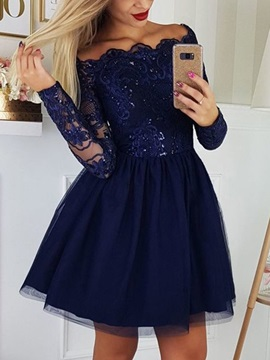 A-Line Off-The-Shoulder Appliques Long Sleeves Cocktail Dress 2019