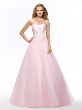 Sweetheart Beading Appliques Bowknot Quinceanera Dress