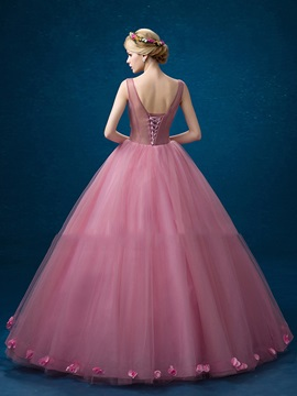 Charming V-Neck Ball Gown Appliques Flowers Floor-Length Quinceanera Dress